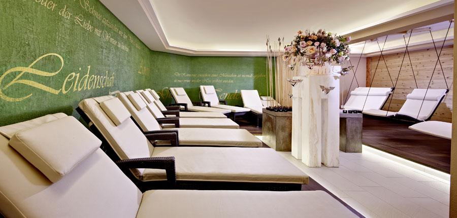 Austria_Zell-am-see_Romantik-Hotel_Relaxation room.jpg